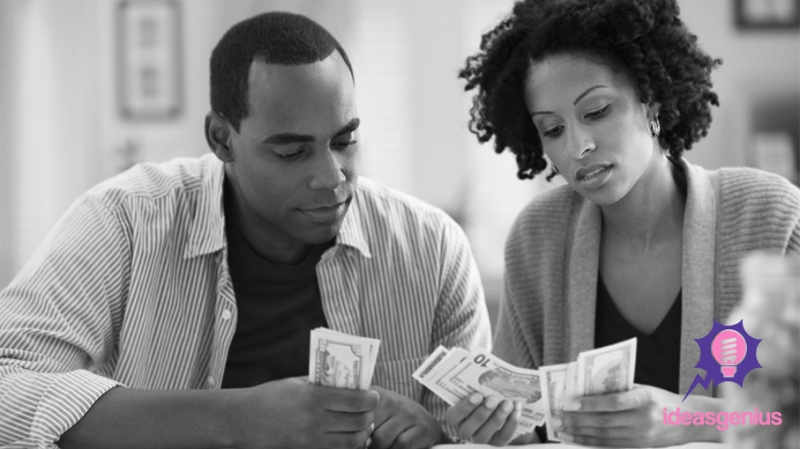 couple-counting-money-2 IG